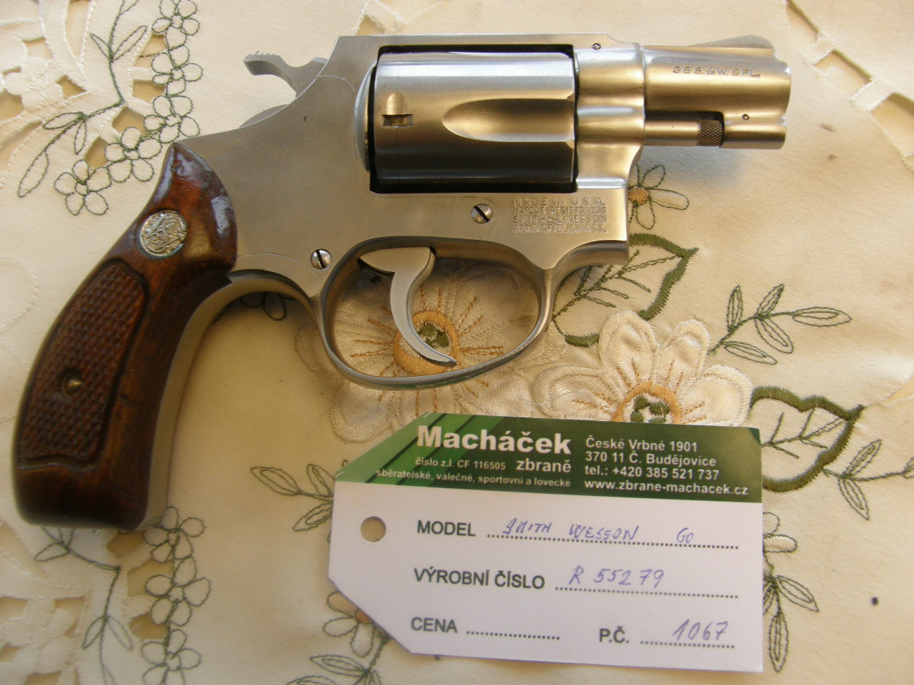 Revolver Smith Wesson Mod. 60 v.č. R55279 r. 38 Sp.